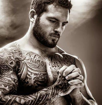 Les Plus Belles Photos Et Idees De Tatouages Pour Homme Sur Le Torse