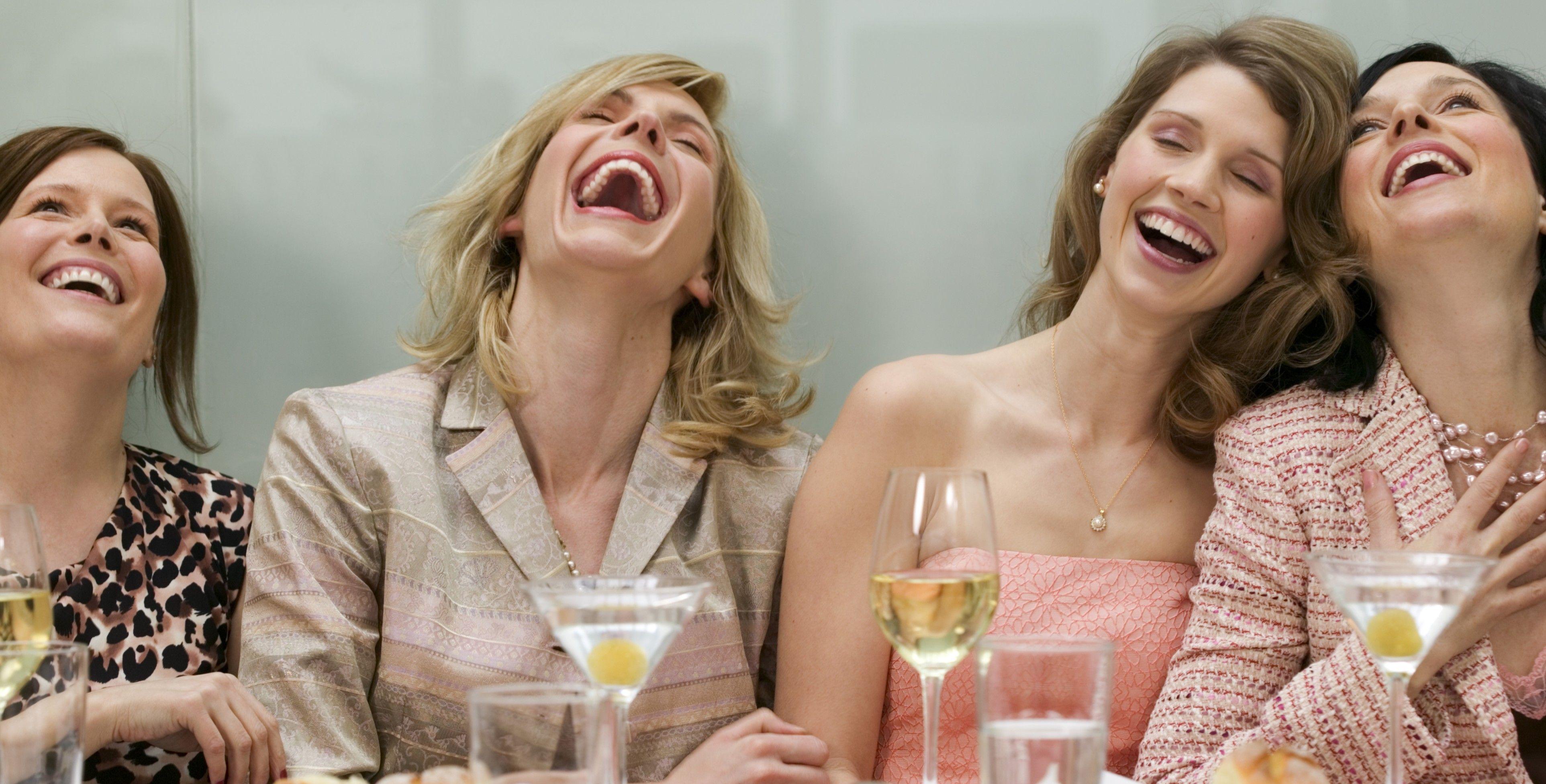 Открытка днем, смешные картинки подружки выпивают