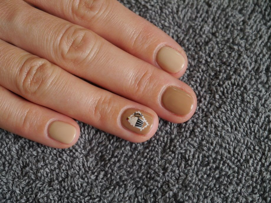 manicure, nail art