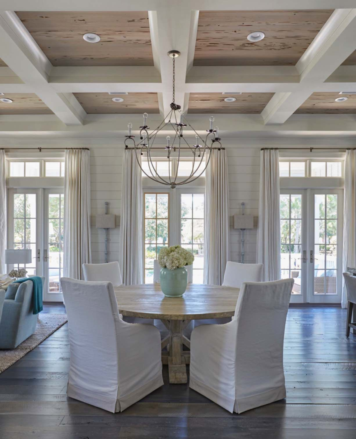 Beach House In WaterColor Offers Dreamy Sea Inspired Accents
