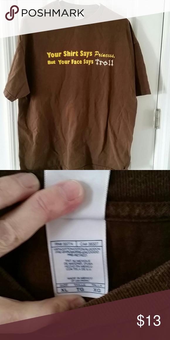 d474f286d73c Captioned tshirt