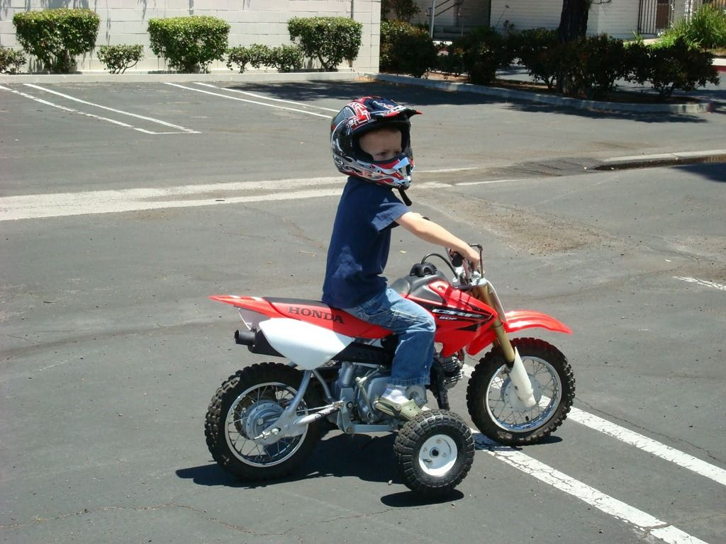 50cc dirt bike with training wheels | Raising a 《dirt bike》Racer