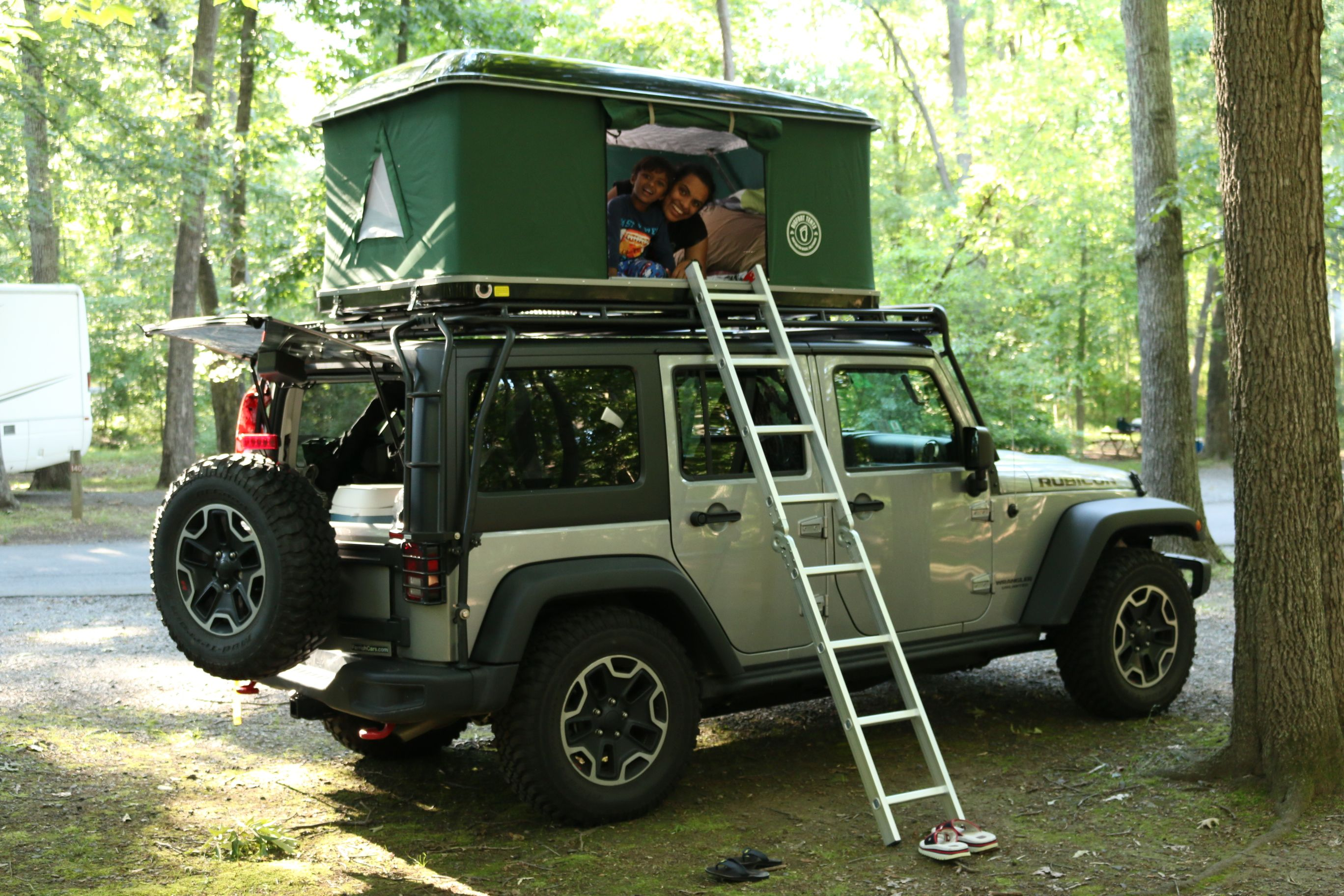 Roof Top Tent for a jeep family camping U S A