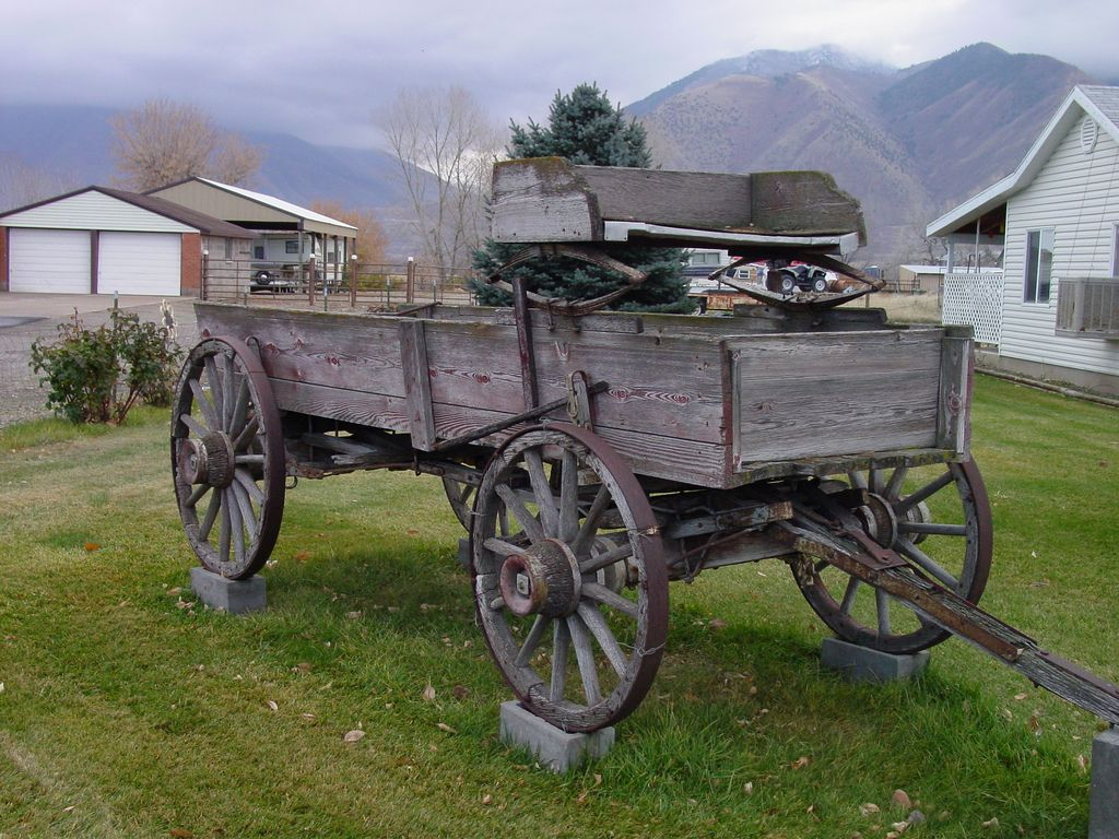 Tractor Pulled Wagon : Vintage farm wagons one more old wagon