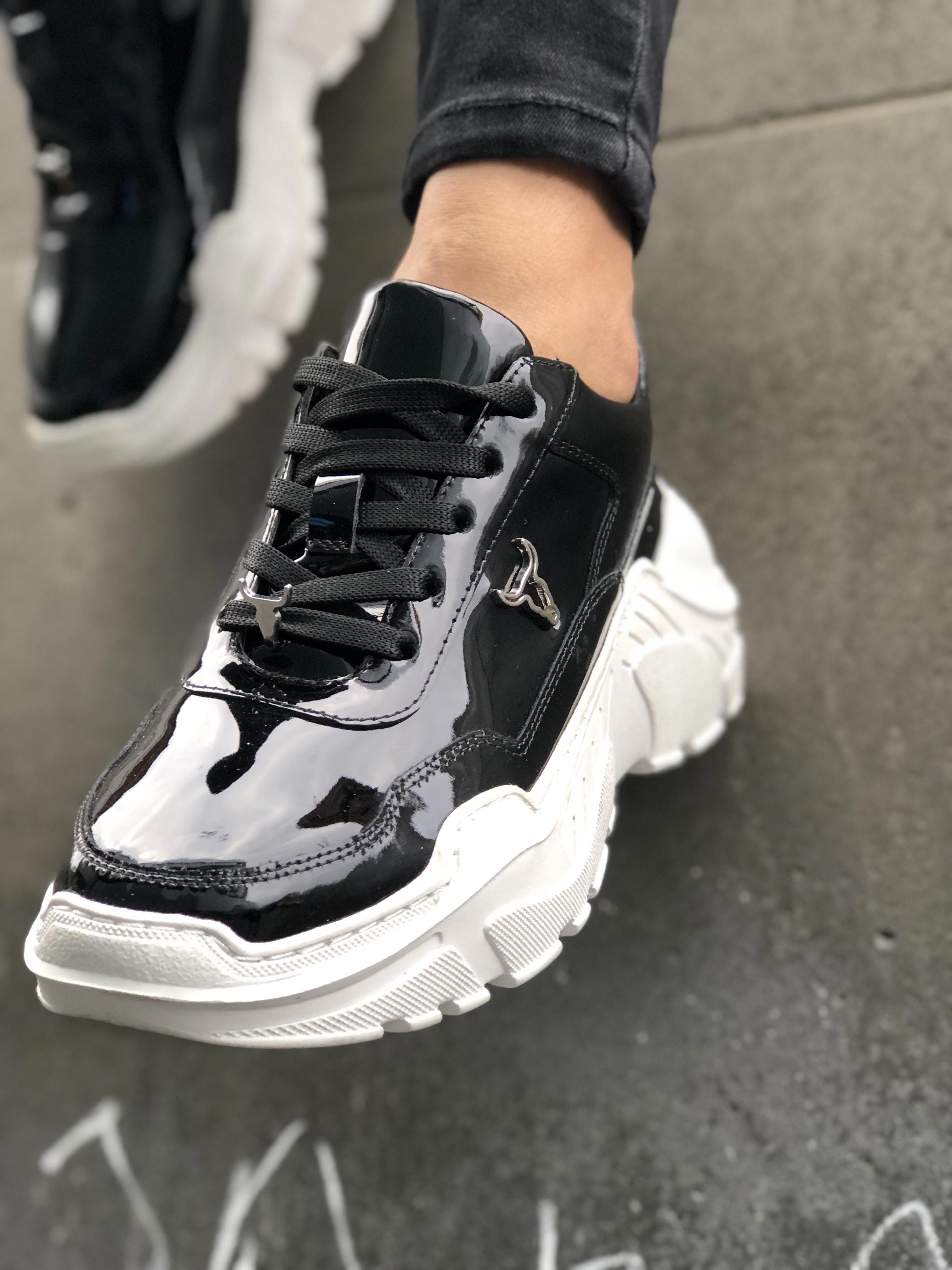 Pin by Carey Line Fashion on Women's Fashion Sneakers