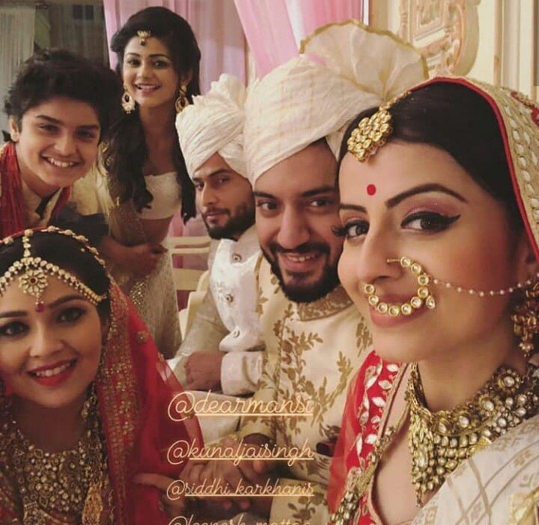 Pin by munazza j on ishqbaaz | Deepika padukone, Bollywood ...