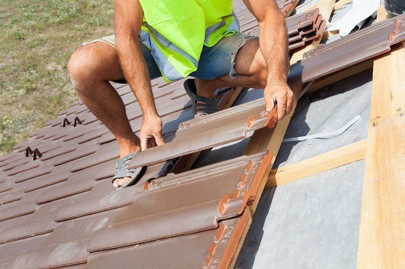 5 Popular Types of Roofing Repair Services (With images