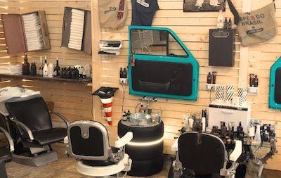 Apre a pescara in via chiarini il primo barber shop for Arredamento barber shop