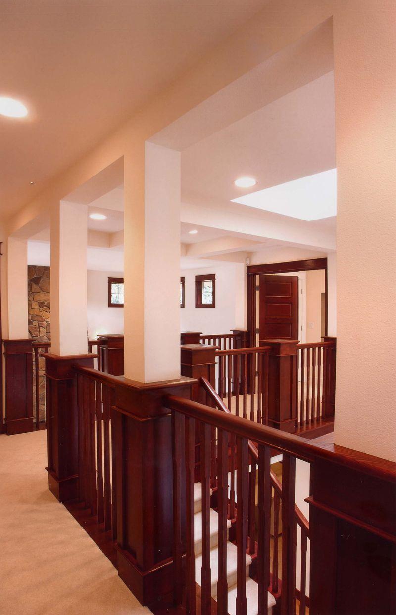 Best Indoor Balcony With Wood Railing Plan 071D 0003 400 x 300