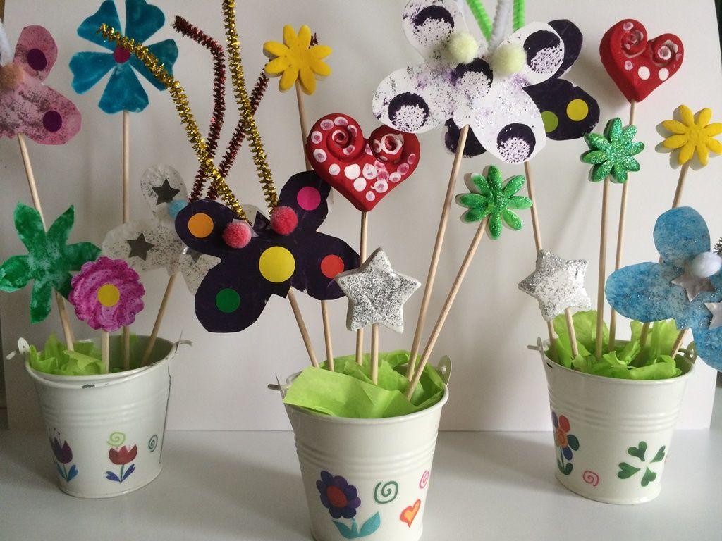 Fête Des Mères, Nounou, Maternelle, Neige, Papillons, Cadeaux, Recherche,  Bricolage, Fleurs
