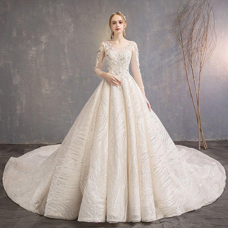 Nouveauté robe de mariée délicate avec fleurs