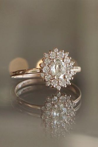 5 must read reasons why a halo engagement ring deserves to be on 5 must read reasons why a halo engagement ring deserves to be on your wish junglespirit Choice Image