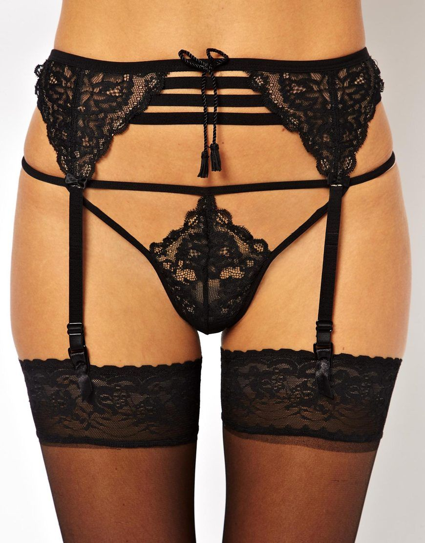 0a02a88767071 Discover our collection of thongs and knickers