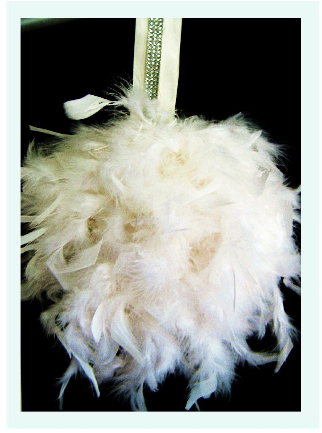 For bridal party feather bouquet