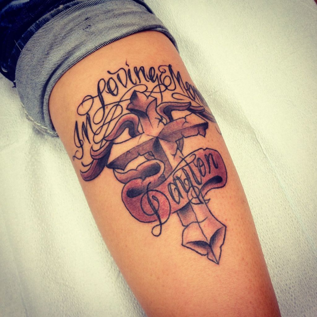 Mom tattoo designs tattoo art club free tattoo designs for Tattoo art club