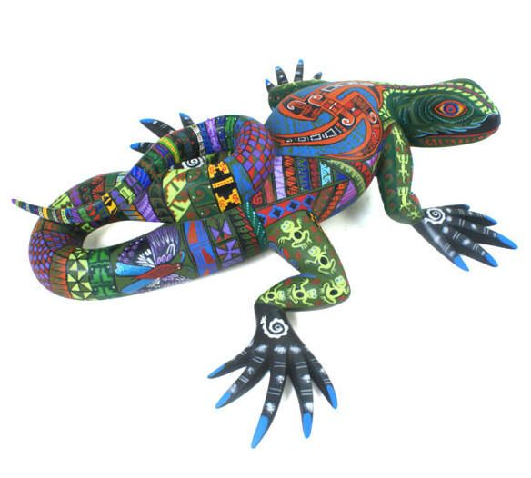 3 Mario Castellanos Carves The Most Spectacular Lizards Geckos And Iguanas In Oaxaca He Is Considered Mexican Art Mexican Folk Art Day Of The Dead Artwork