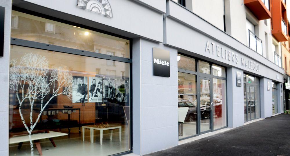 230 rue saint malo rennes bretagne le showroom des atelier malegol rennes pinterest. Black Bedroom Furniture Sets. Home Design Ideas