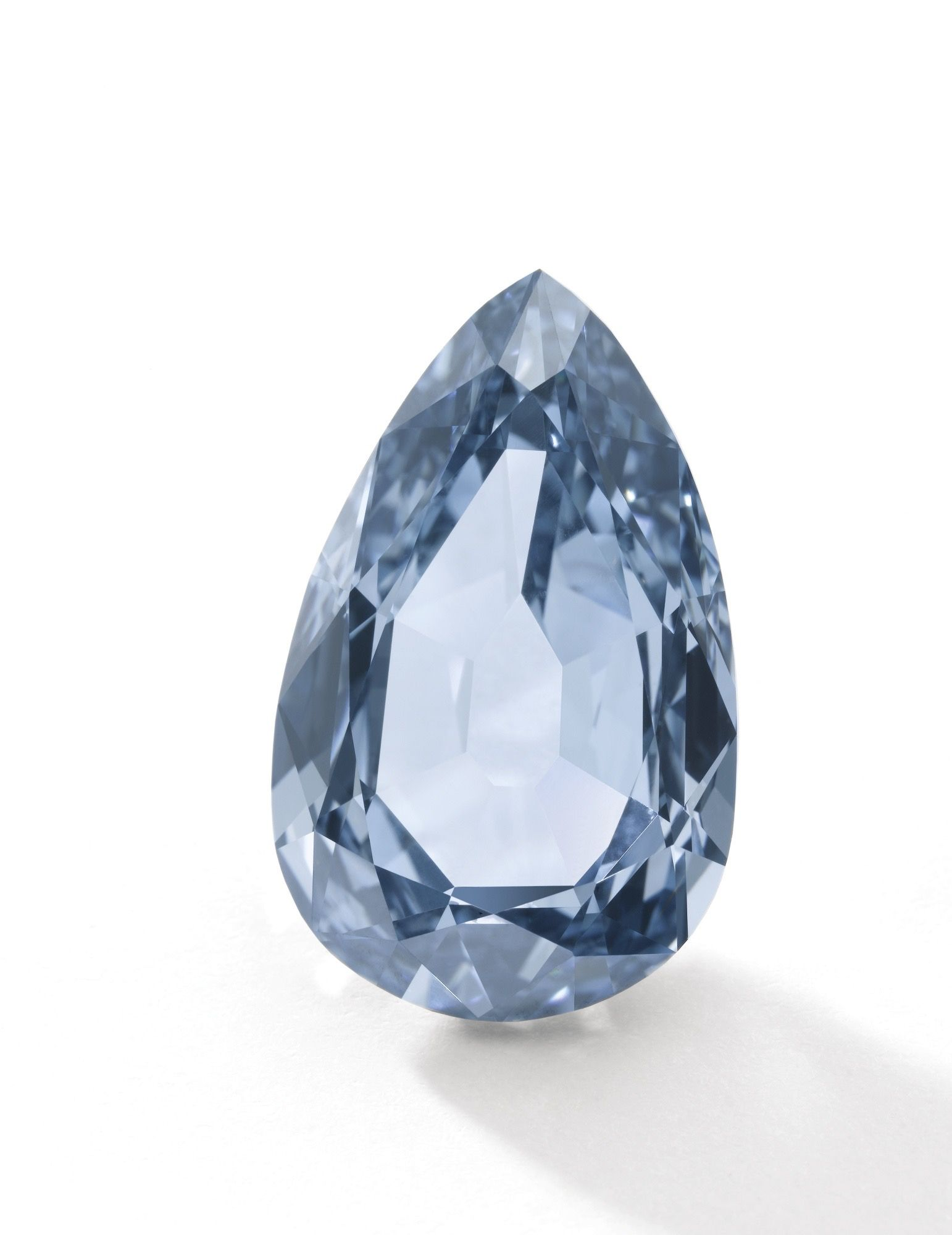 SUPERB FANCY VIVID BLUE DIAMOND RING. Set with a pear-shaped fancy vivid blue diamond of exceptional colour weighing 7.32 carats, size 51. Estimate 14,743,440 - 24,572,400 USD // LOT SOLD 17,112,629 USD. GIA / Fancy Vivid Blue, Natural Colour, Internally Flawless. (The distinctive blue colour in diamonds is attributed to trace amounts of the element boron in the crystal structure) [S. GE. - 17 MAY 2016] #Sotheby's #Auction #FancyVividBlue #Diamond