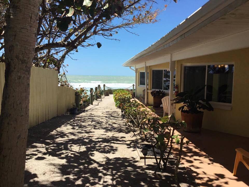 The Pearl Beach Inn!   Pearl beach, Florida hotels ...