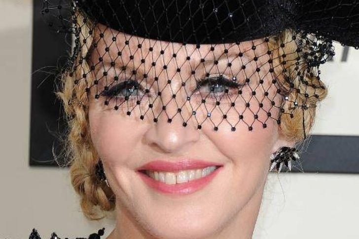 Para mantenerse en forma #Madonna realiza una rutina de ejercicios de 5 horas