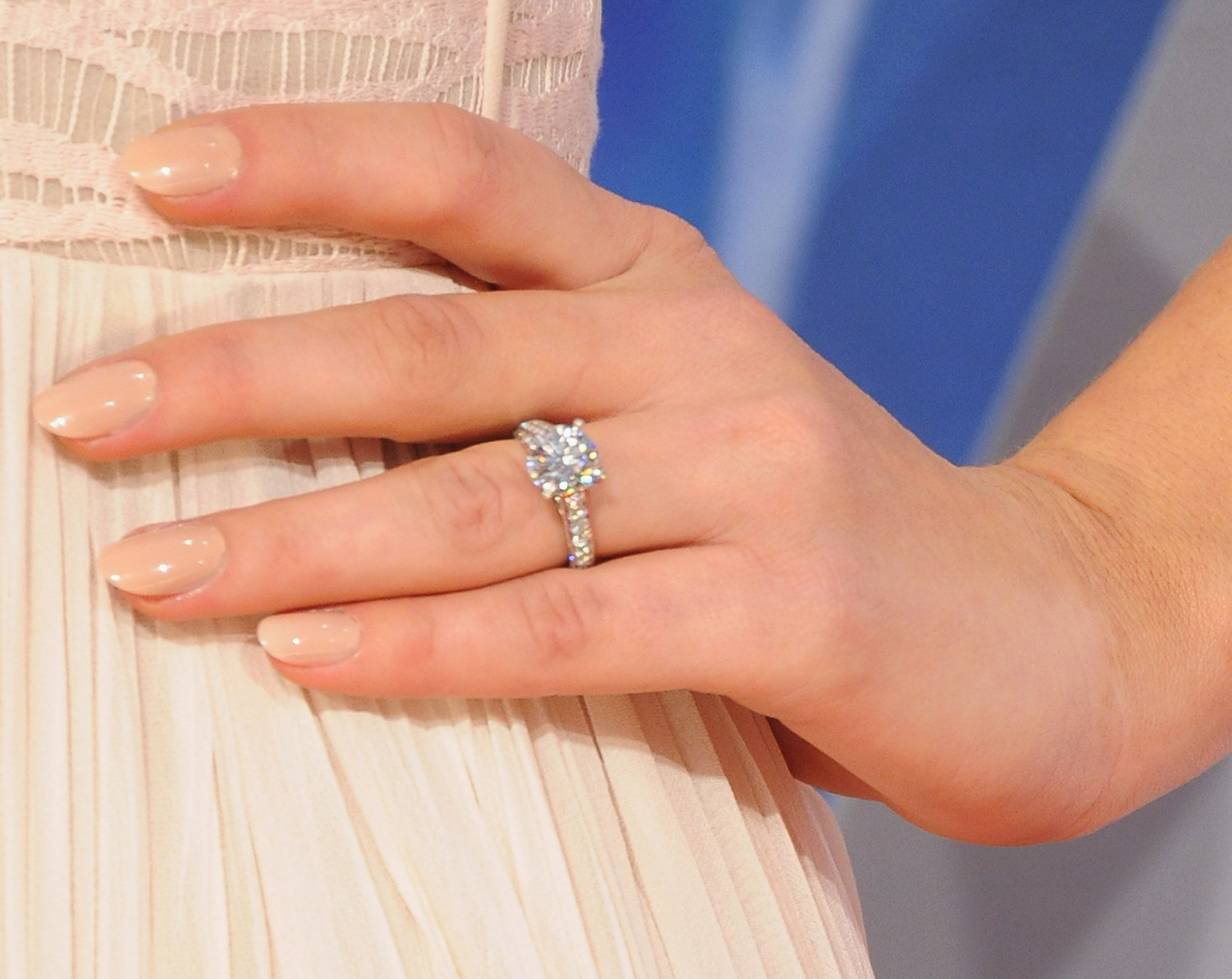 how to clean engagement ring