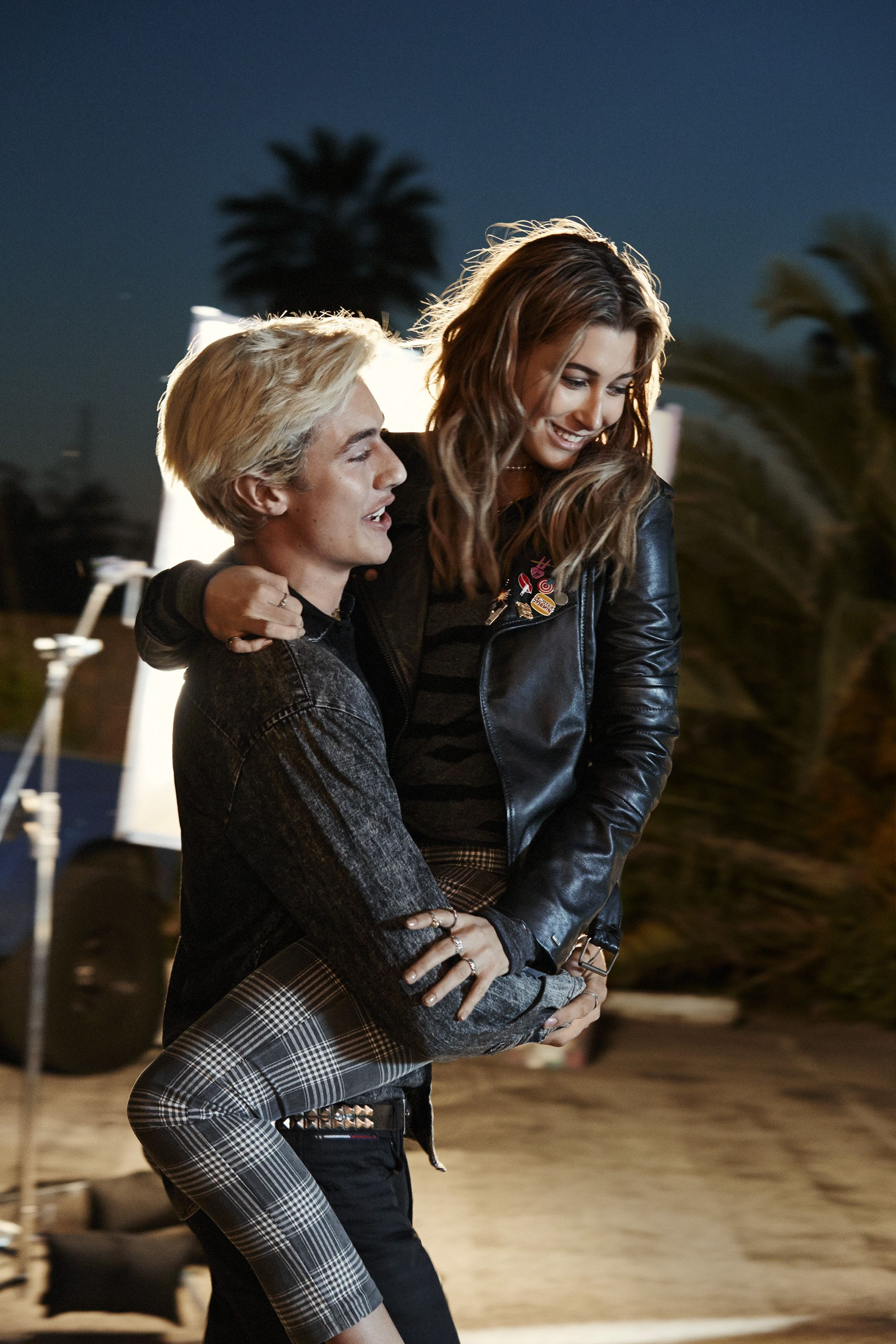 Check Mates Luckybsmith And Haileybaldwin Are The Perfect Plaid Pairing Hilfigerdenim Lucky Blue Lucky Blue Smith Cute Celebrities