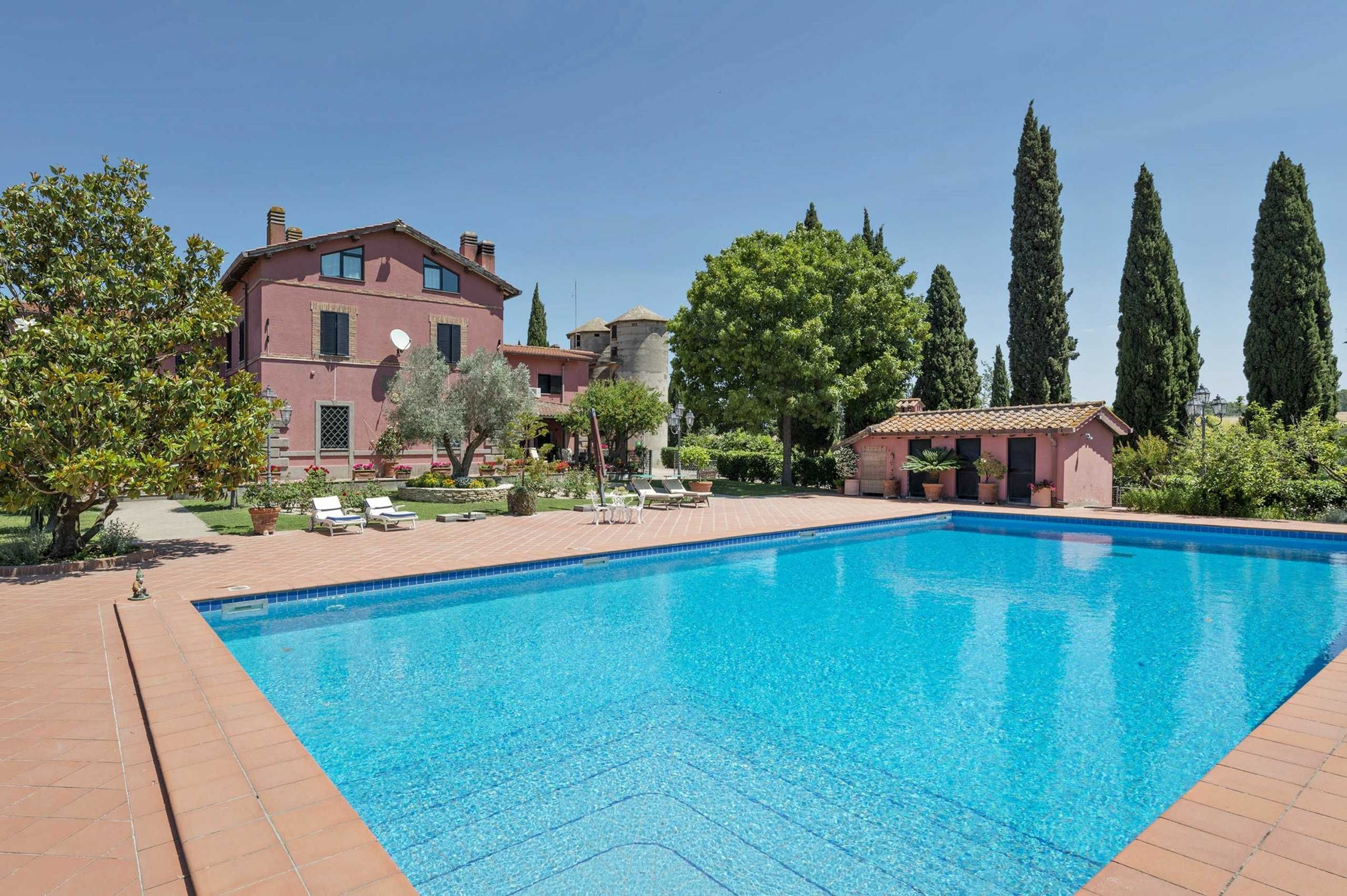 Villa Con Piscina Immersa Nel Verde Cassia Roma Piscine