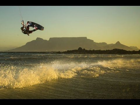 Big Air Kiteboarding In Cape Town Red Bull King Of The Air Youtube Kite Surfing Kiteboarding King Of The Air