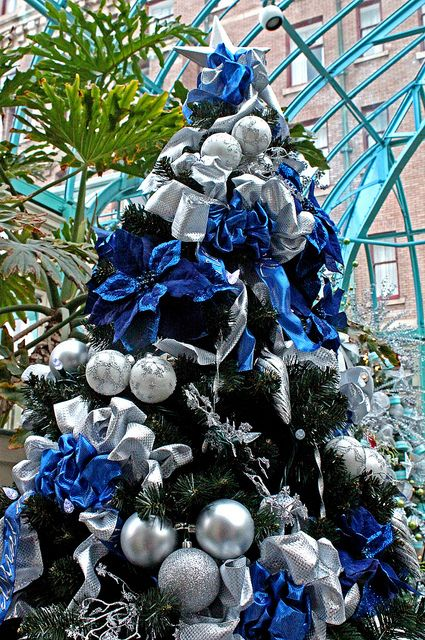 Christmas Tree Silver Christmas Decorations Christmas Tree Themes Silver Christmas Tree
