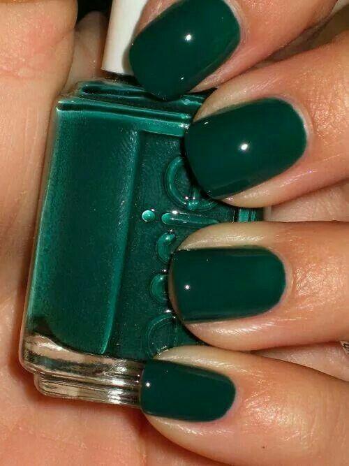 Hunter green nail polish | Nail Ideas | Pinterest | Verde, Probar y ...