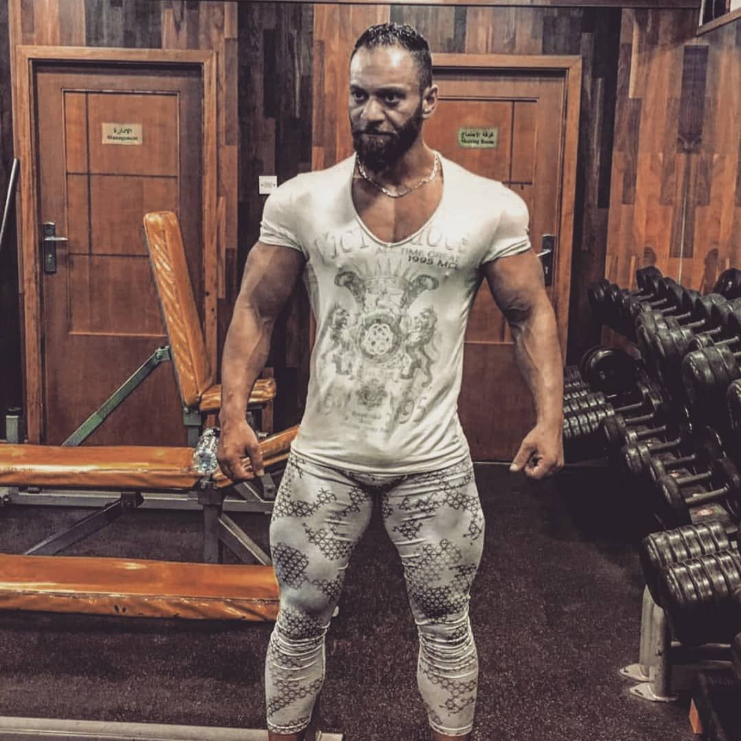 #personaltrainer #bodybuilding #fitness #fit #gym #dubaifashion #dubai #muscle #big
