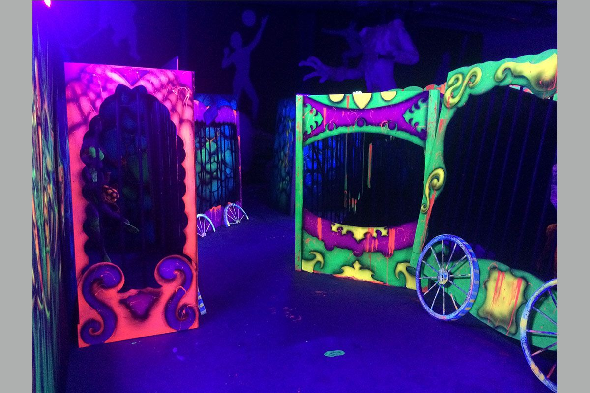 Circus Circus Halloween 2020 Image result for circus haunted house | Halloween decorations diy