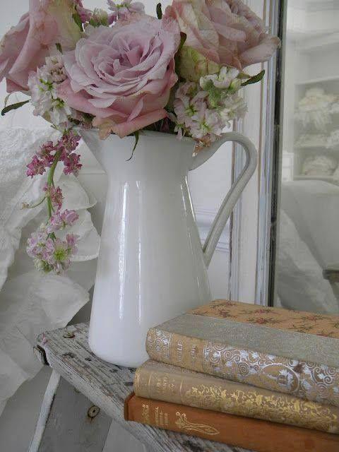 Románticos en color rosa, flores.