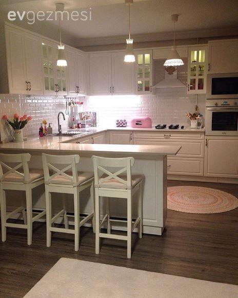 Esra hanımın nostaljik esintilerle kimlik kazanan iç açıcı evi.. #kitchen