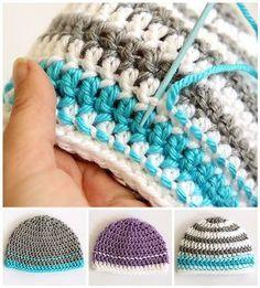Gorros a crochet con combinacion de colores