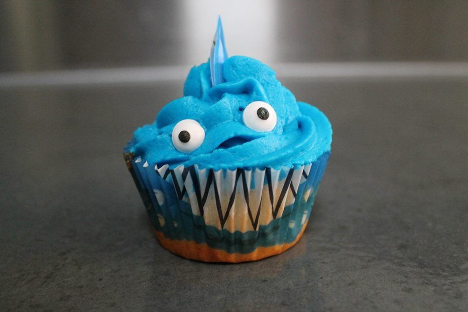 Shark cupcake decorating kit from Wilton Beach Birthday Party