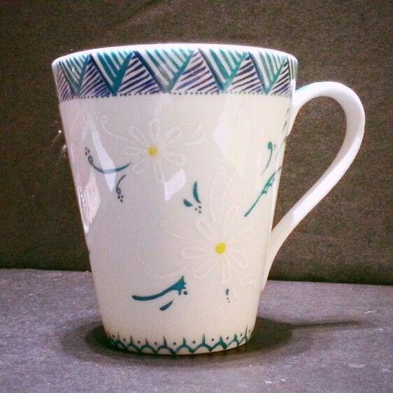 Mug peint motifs tahitiens.