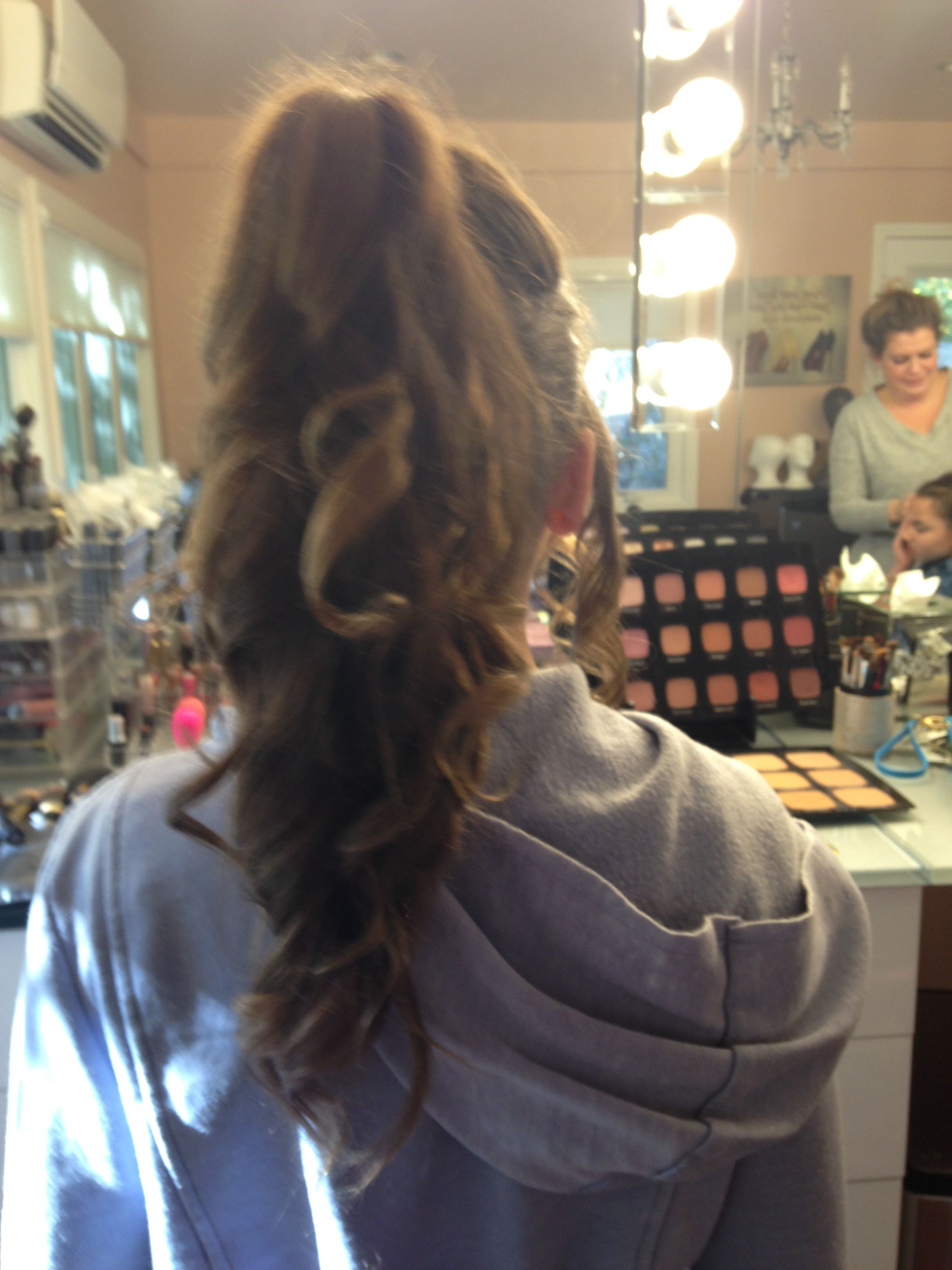 Gorgeous ponytail for formal and everyday occasion