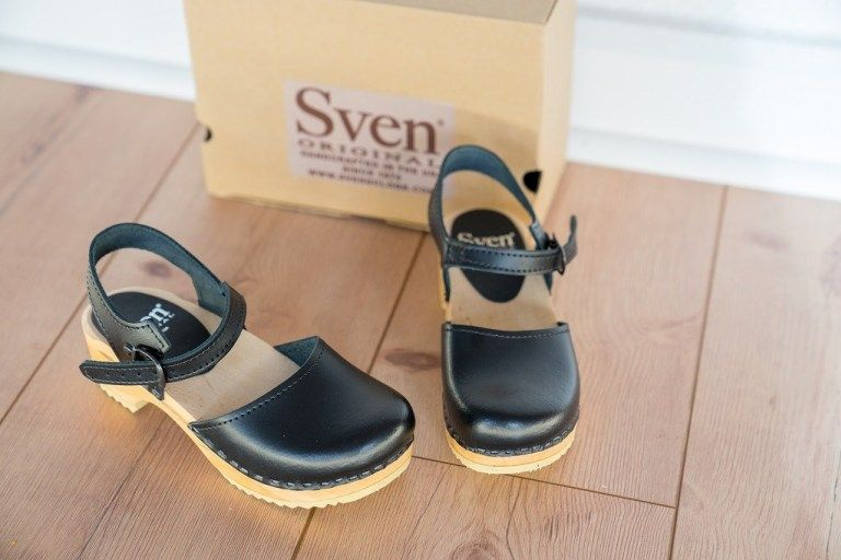 Holzclogs bequeme und stylische Schuhe