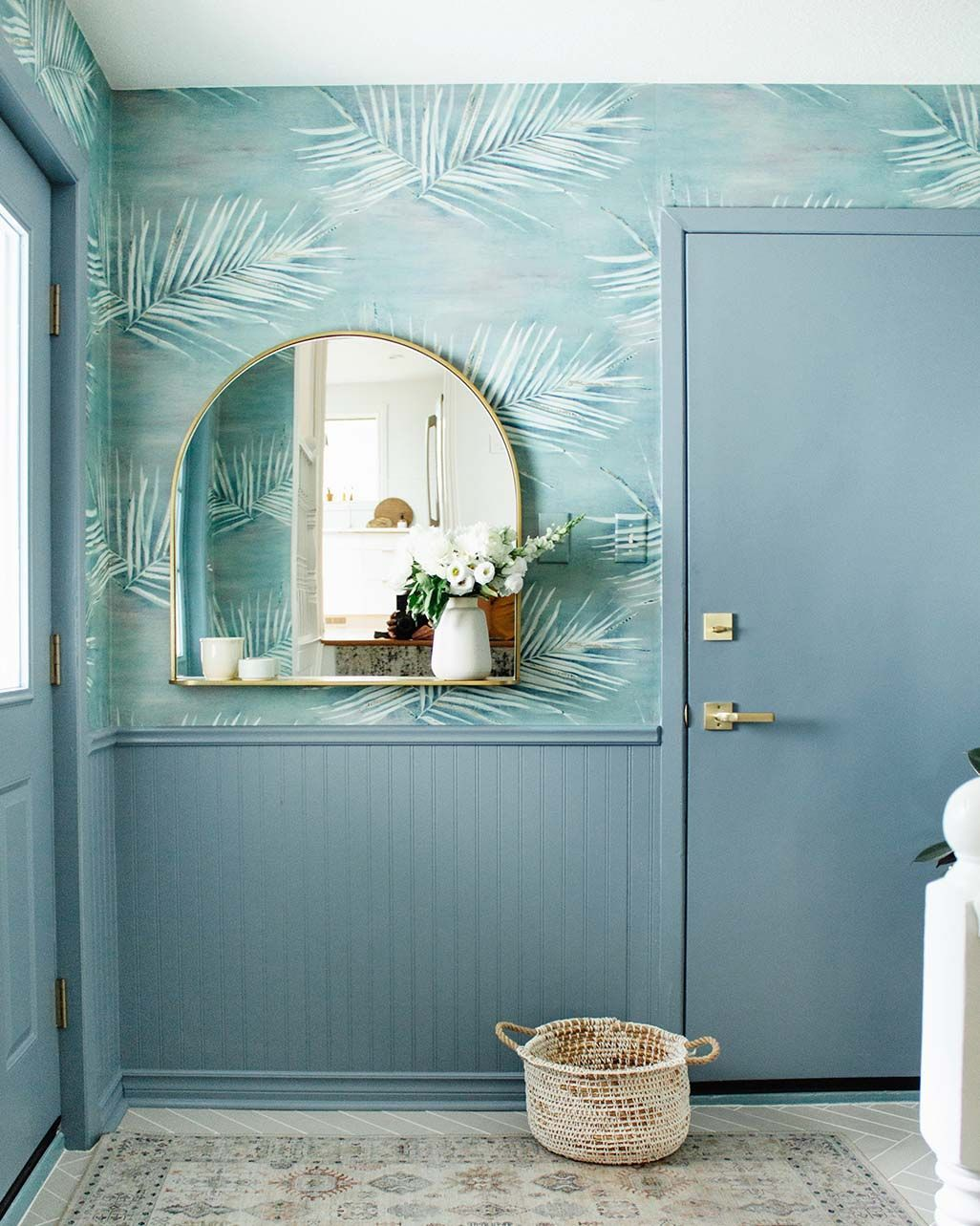 Inspiring Ideas For Entryway Decor Clare Entryway Decor Decor Best Blue Paint Colors