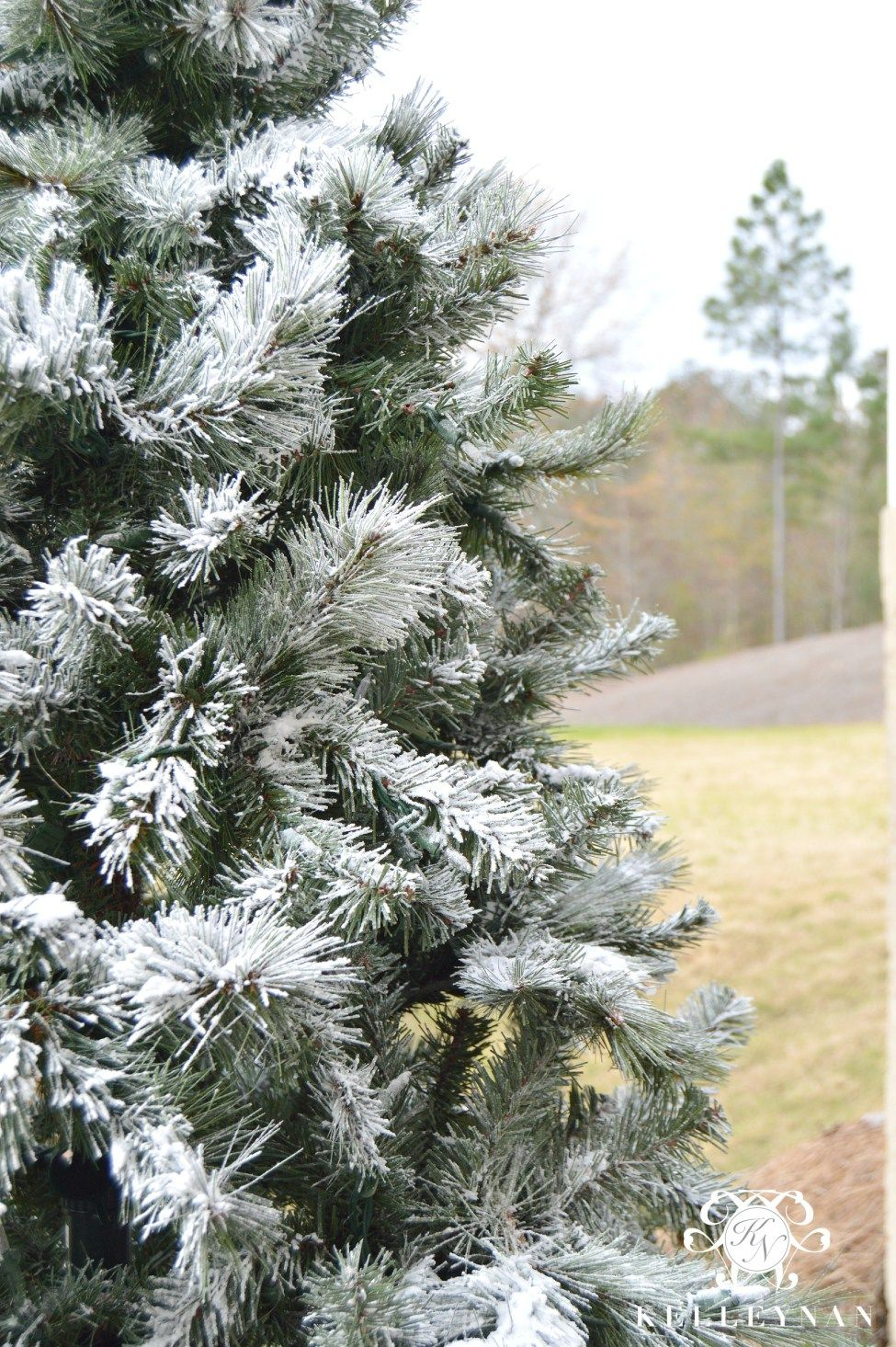 How to Flock a Christmas Tree Flocked christmas trees