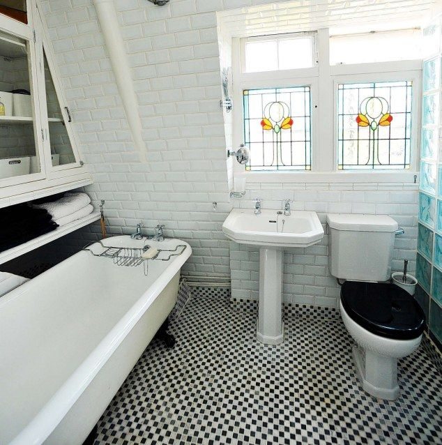 Modelled By Model The Bathroom Follows Same Retro Style With A Cast