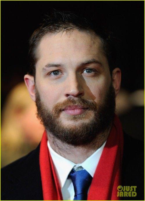 Not too many can rock a beard & still look hot.