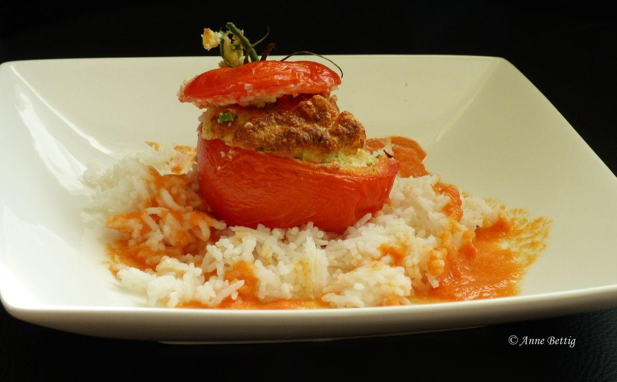 Tomates farcies au thon - La cuisine toute simple de ...