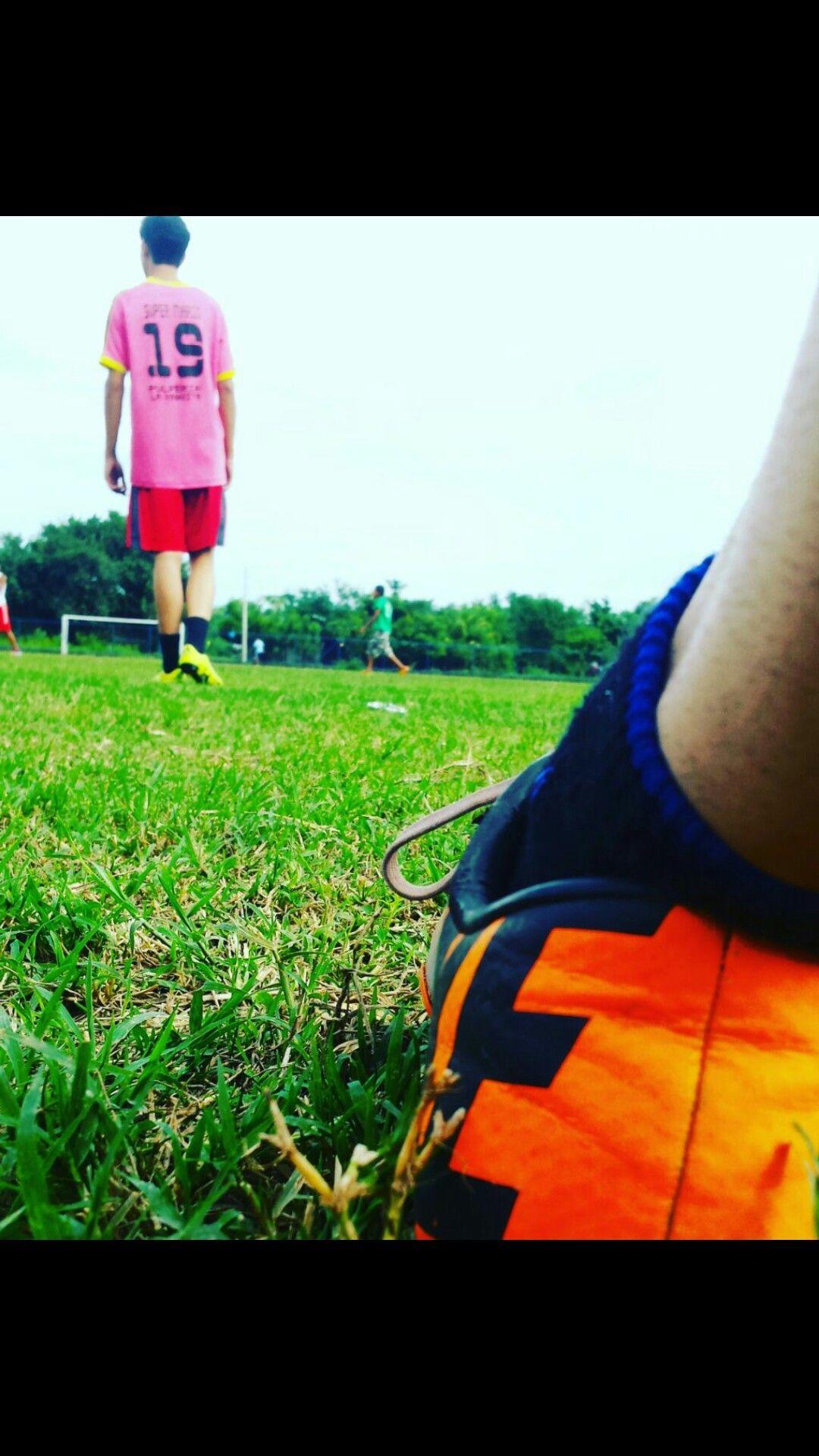 Fútbol amantes al fútbol tumblr fondos fut fútbol tumblr jpg 1080x1920  Botines futbol yy tumblr d237670c7e027