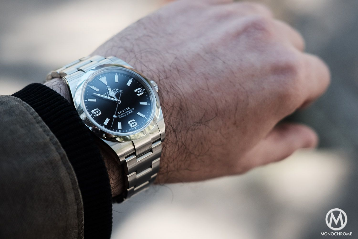 online retailer 66f2a f20f7 Up close and personal – the 2016 Rolex Explorer 214270 vs ...