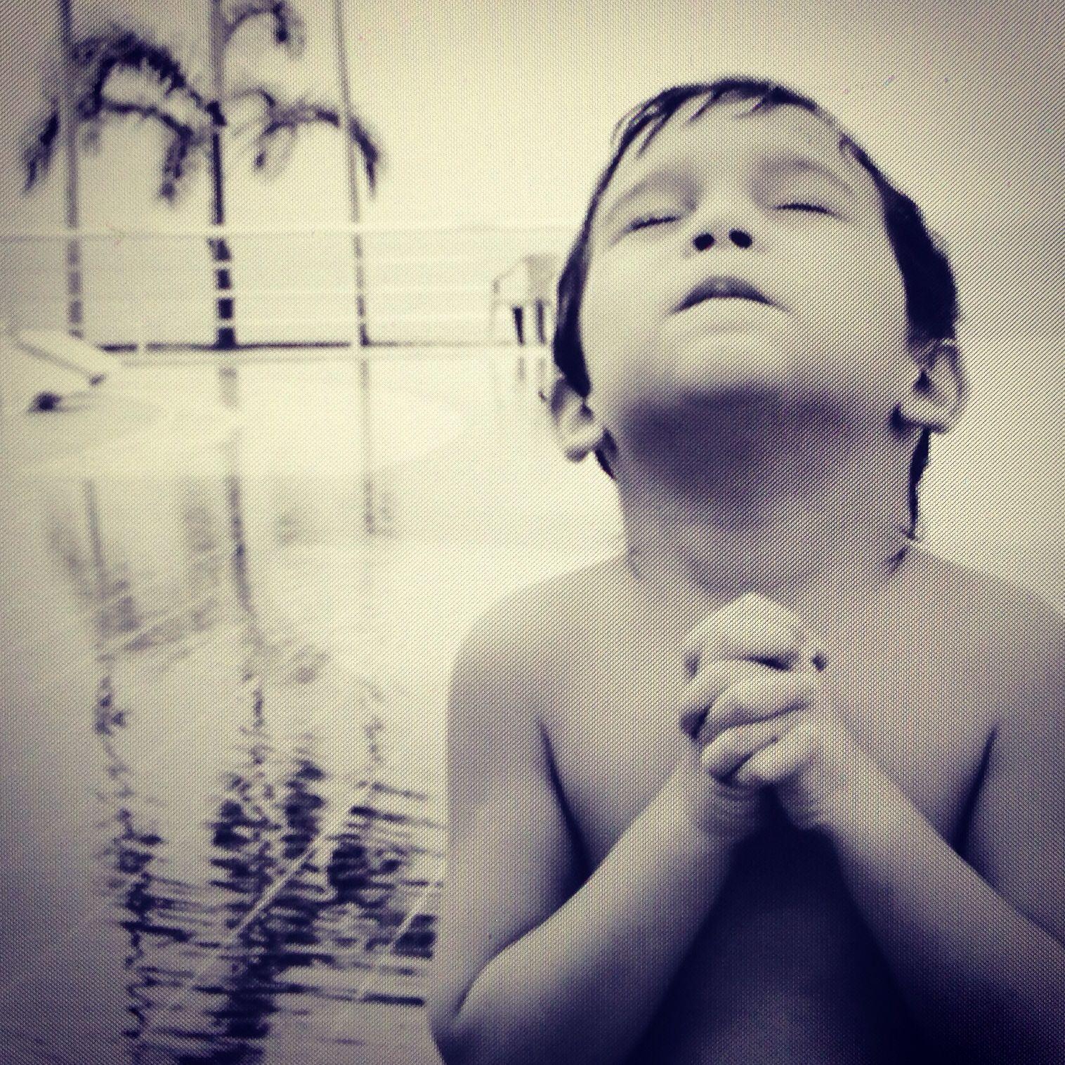 Meu João, orando!