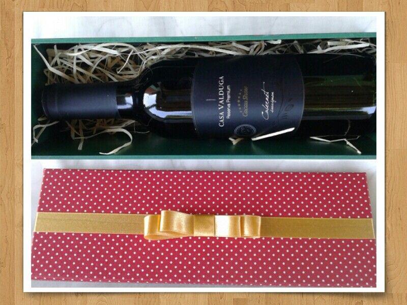 Ou opção vazia para pôr garrafa de vinho de 375ml para presentear...
