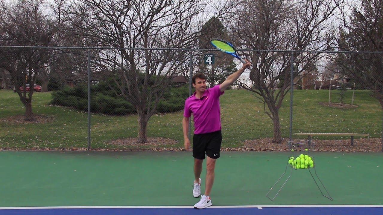 Tennis Lesson Hitting A One Handed Backhand With Topspin Youtube Tennis Lessons Tennis Lesson