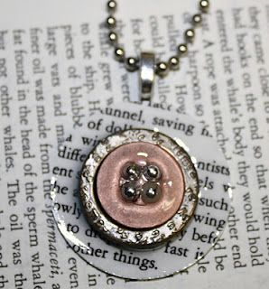 Janet of All Trades: Buttons and Paper Pendants